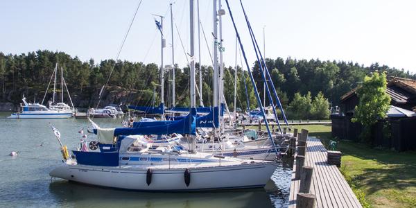 Boats tied up at the Parattula marina (Peterzén's).