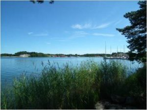 There's a guest harbour (Stenskär) just across the bay