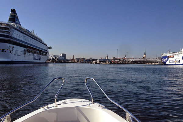 Entering the very busy port of Tallinn