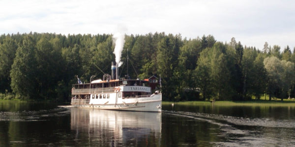 Steamship Tarjanne starting its 66nm lake journey to Tampere from Virrat.