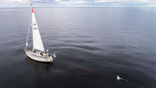 Trawling for mictoplastics